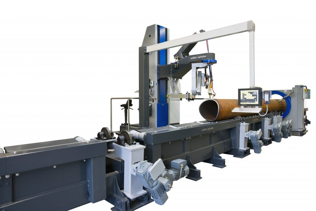 machine for tube and pipe profiling cutting for 3D shapes