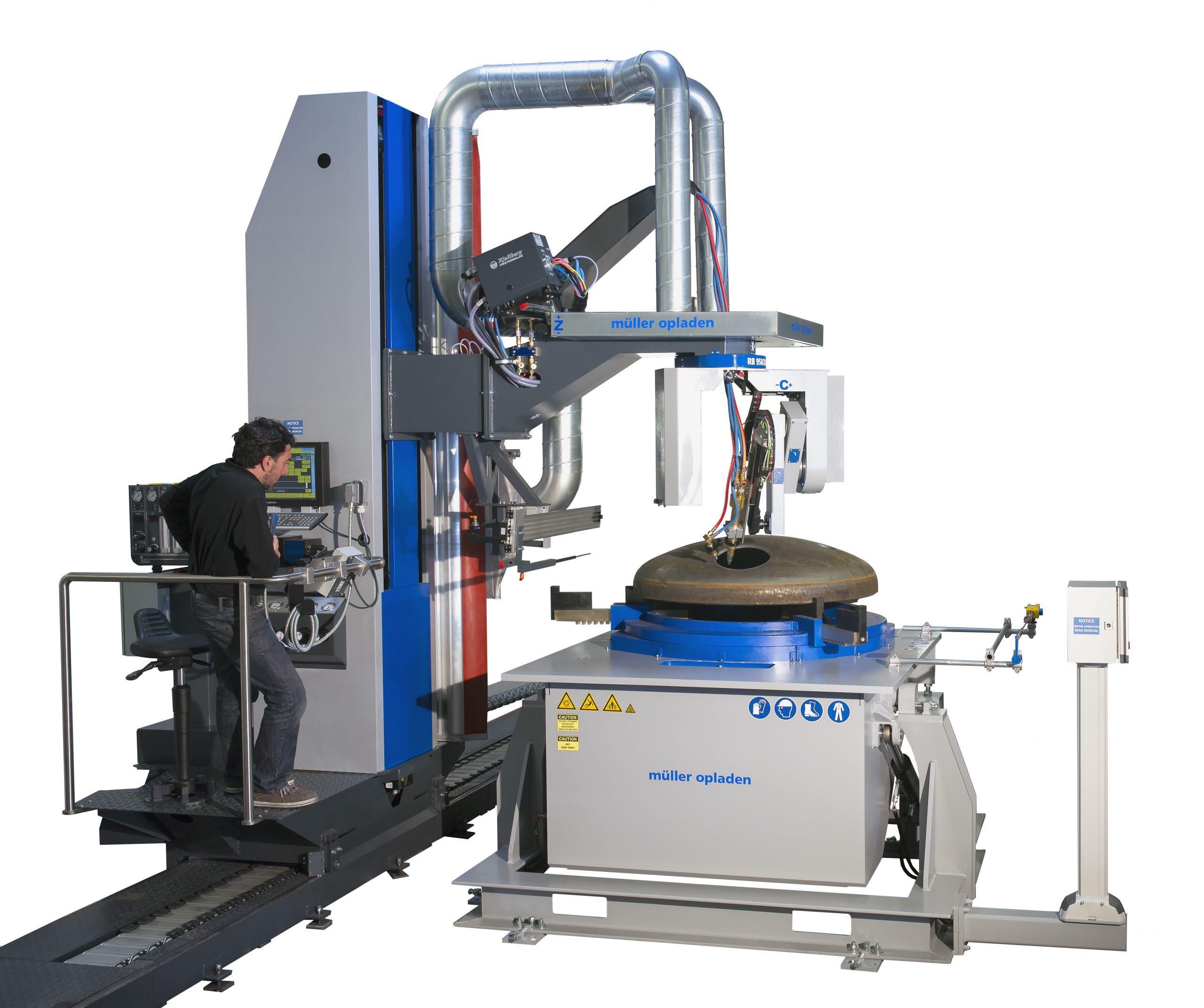 pressure vessel and dome cutting machine